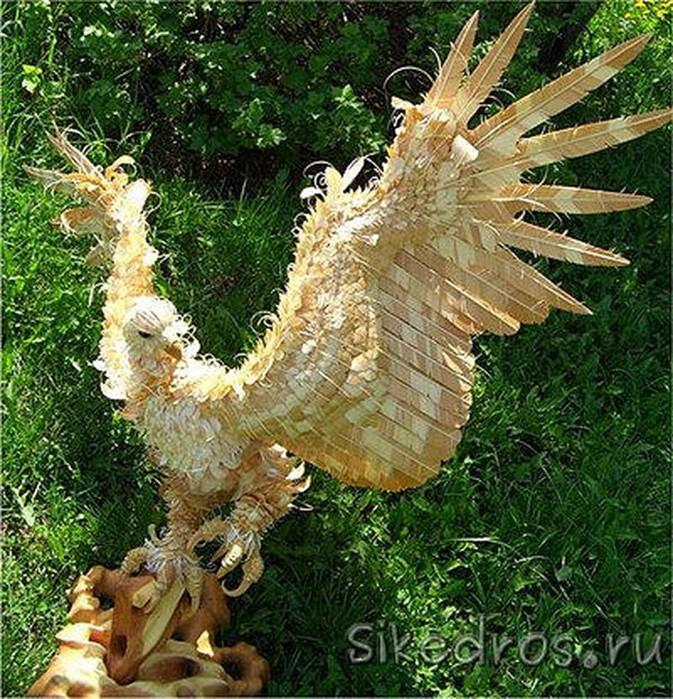 Уникальные скульптуры из деревянной стружки
