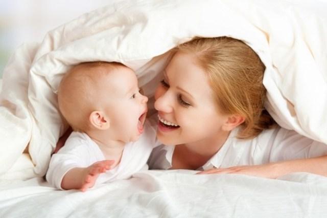 Новорожденный ребенок не нуждается в общении? Наоборот!