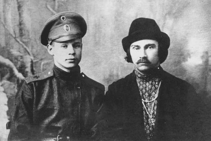 Не совсем «служебный роман» поэтов Сергея Есенина и Николая Клюева