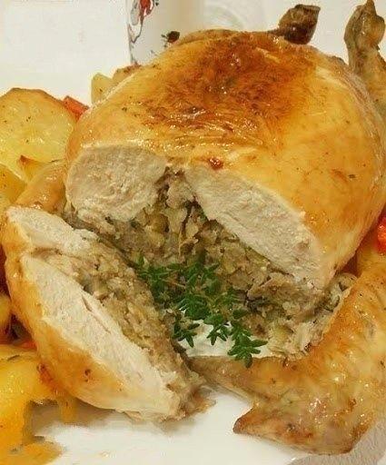 Праздничная фаршированная курица без «каркаса»