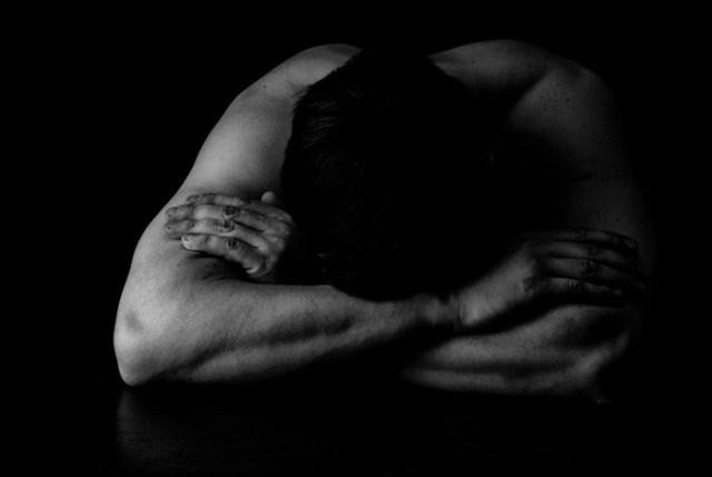 Что испытывает человек после расставания со своей второй половинкой на самом деле