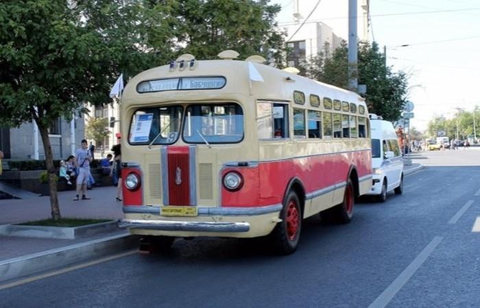 Советский красавец ЗИC 155: позабытый автобус легенда