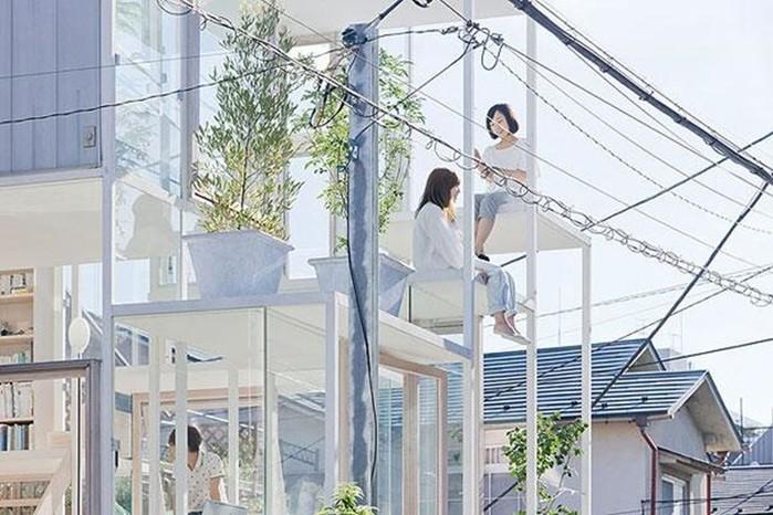 Как японцы живут в прозрачном доме: фотографии