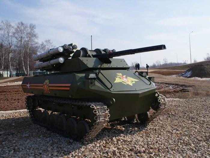 Возможности боевого робота танка Уран 9, сделанного в России