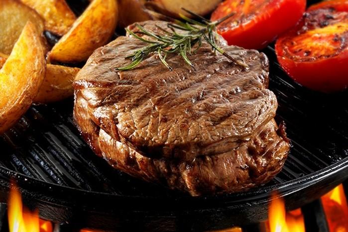 Учеными доказана настоящая опасность жирной пищи