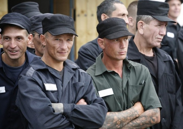 Как правильно спать в российской тюрьме
