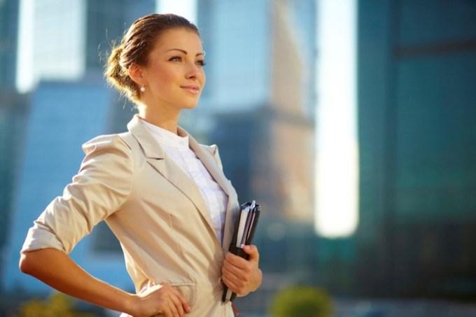 Пост бизнесвумен о женщинах взбесил всех: «Почему я ненавижу бесполезных баб?»