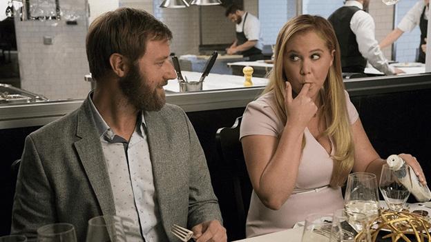 Ваша девушка растолстеет после свадьбы: вот шесть точных признаков этого