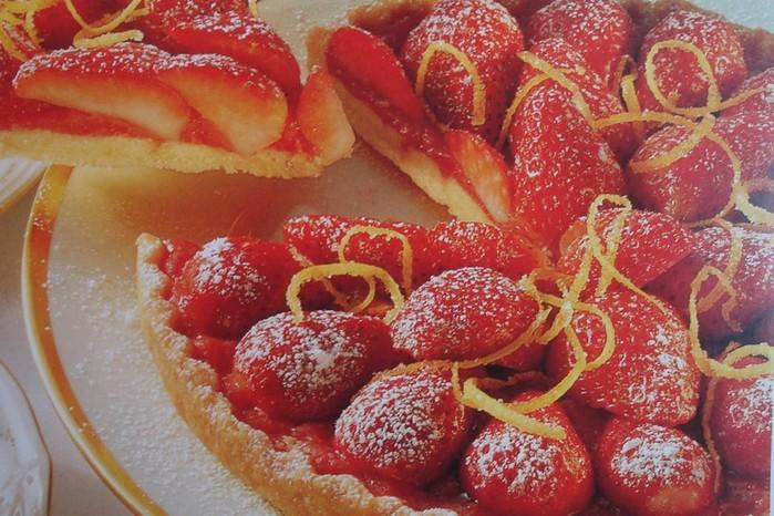 Как приготовить вкусный клубничный торт: изумительный рецепт