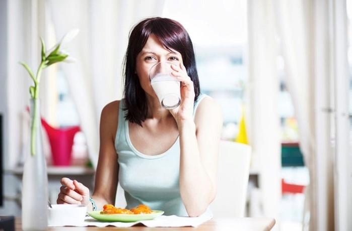 Молоко в разных культурах: интересные факты об употреблении этого напитка