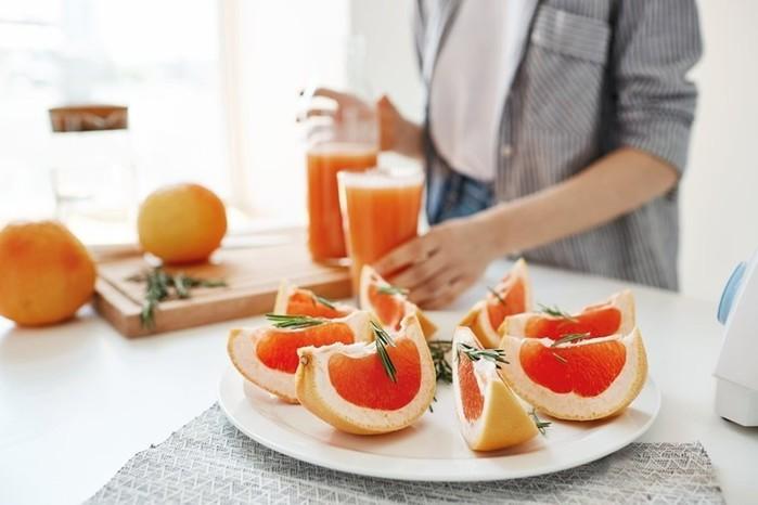 5 продуктов, уменьшающих живот, и 5 продуктов, увеличивающих талию