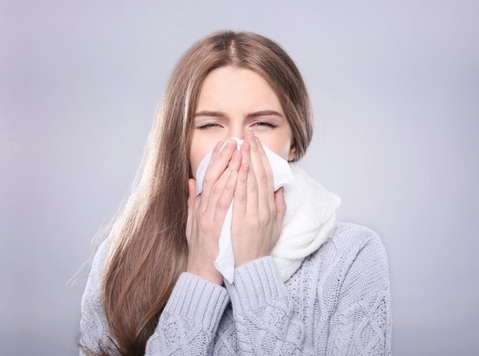 Как победить неприятный запах изо рта: 10 тайных причин убийственного «аромата»