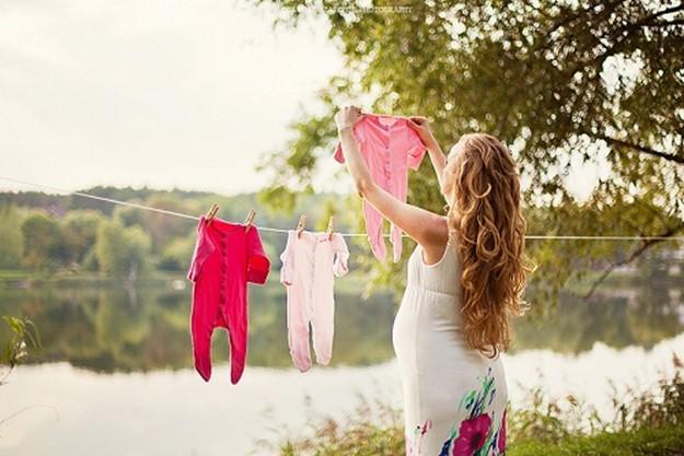 Почему считается, что беременным нельзя поднимать руки?