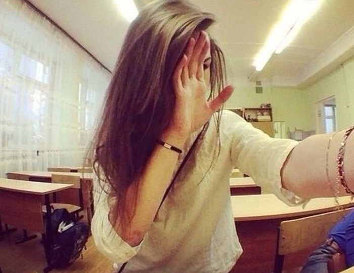26 безумных фотографий девушек, которые не должны были попасть в интернет