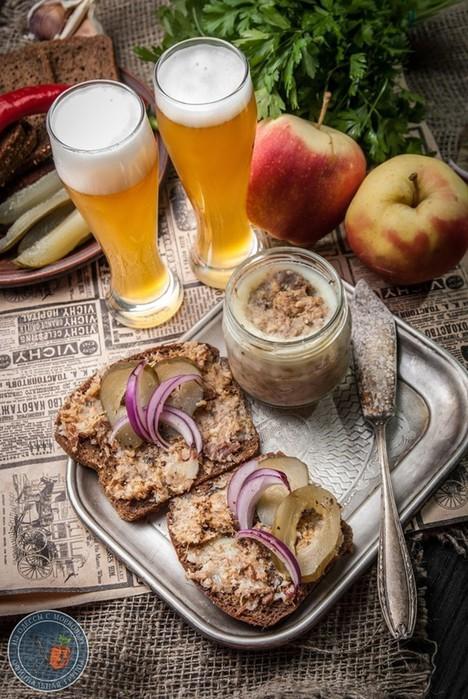 Старопольский смалец: «несколько дней подряд мажу такой смалец на хлеб»