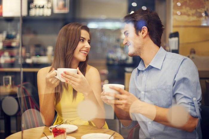 Как спросить у мужчины, который час, и заставить его познакомиться с вами на улице