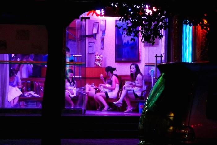 Запрещенная китайская проституция