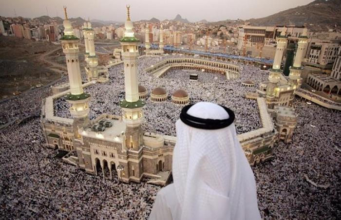 Зачем мусульмане совершают паломничество в Мекку