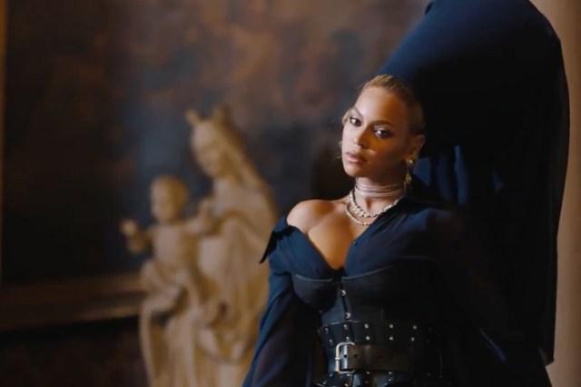 Главные премьеры недели: новые видео Бейонсе, Тимберлейка и Бруно Марса