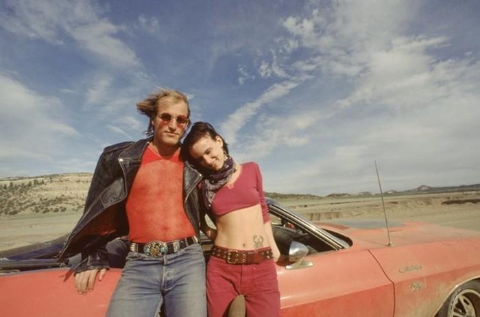 Змеиный пиджак и розовый леопард: безумная мода из фильмов 90-х изоражения