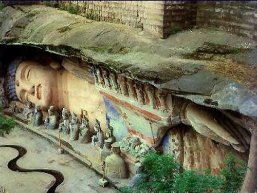 Китайский городок Дуньхуан с древнейшей историей