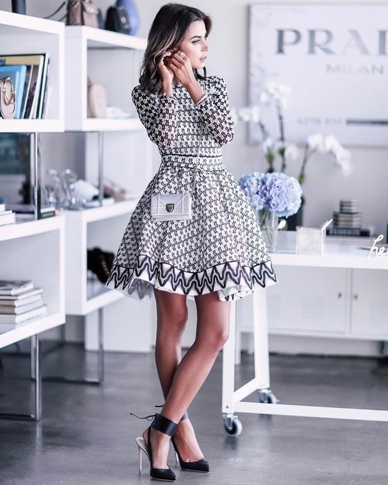 Вечерние платья на корпоратив: чем они отличаются от «обычных» вечерних платьев?