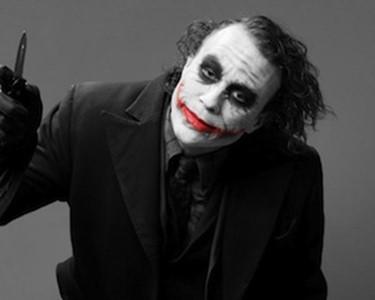 7 самых загадочных случаев смертей всемирно известных людей