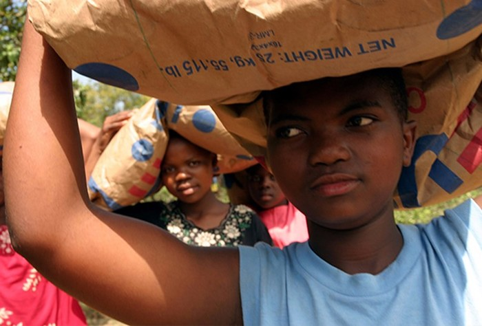 Дикая жизнь последнего бога Африки: секс рабыни, парады ивражда сКитаем