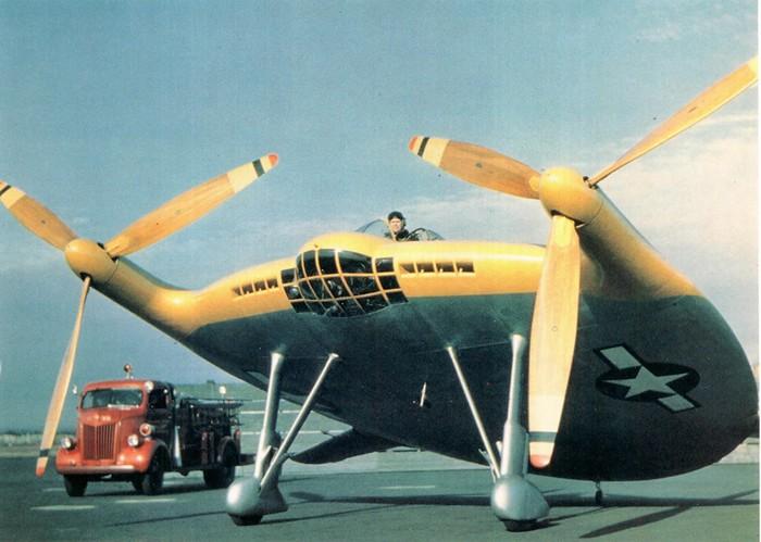 Просто удивительно, какие странные самолеты летают в мире