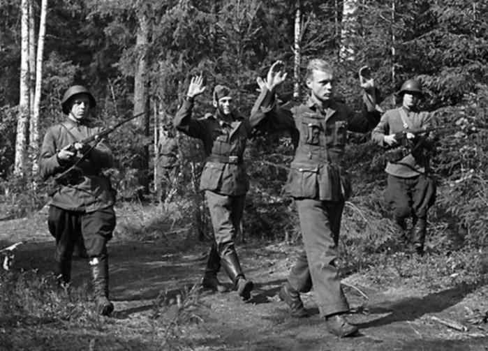 Кого не брали в плен во время Второй мировой войны