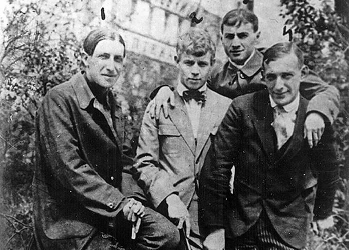 Имажинисты: почему советские литераторы восхваляли Красный террор