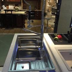 High End Kitchen Sinks Country Design Ideas 德国芙兰克电器 水槽掀起高端厨房设备新风尚 品牌资讯 太平洋家居网