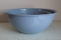 Set of Three Vintage Brook Park Nesting Mixing Bowls