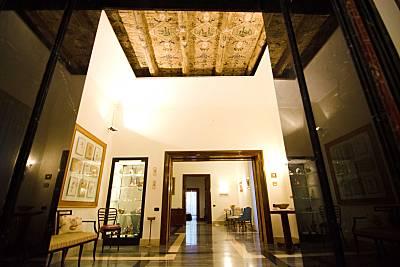 Apartamento en alquiler a 500 m de la playa Nápoles