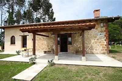 Casa de 4 habitaciones a 3.5 km de la playa Cantabria