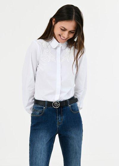 Camicia Carla con dettaglio pizzo - White - Immagine categoria