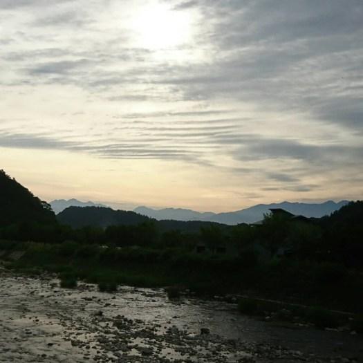川上川と乗鞍岳