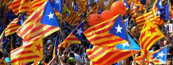 Masiva manifestación por la independencia de Catalunya