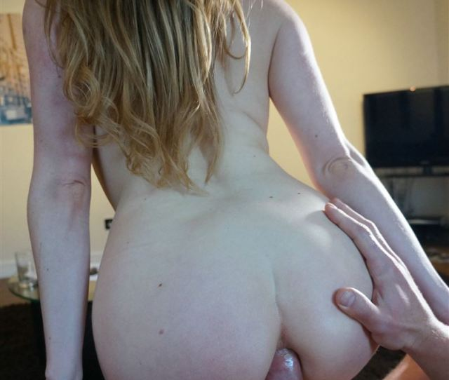 Samantha Bentley Gets Her Ass Stuffed With Dick On A Couch Picture 13