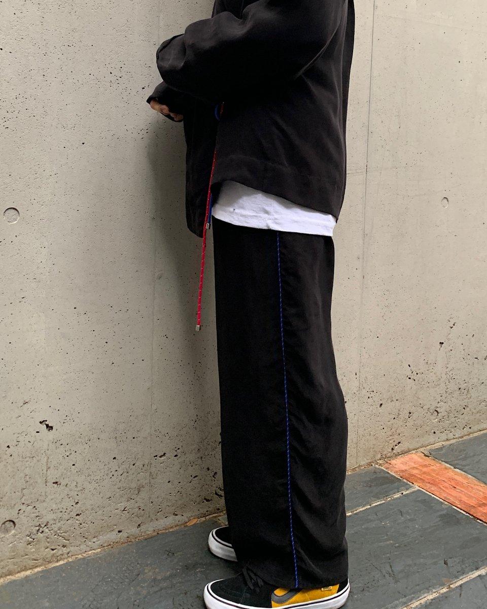 KkCo サイドラインワイドパンツの写真