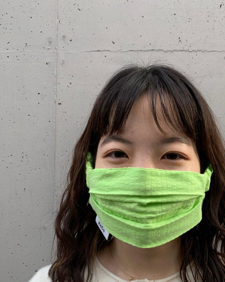 THE SHE オーガニックハンドスプレーとシアサッカーマスクセット ライムの写真