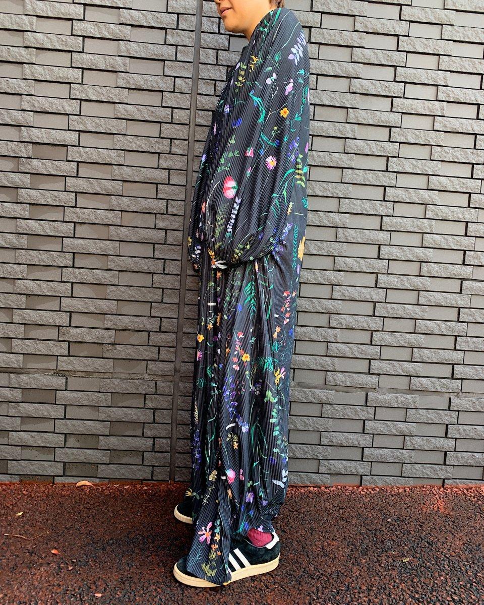 DAUPHINETTE ガーデンプリーツドレスの写真