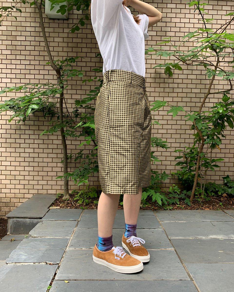 ショートパンツ ギンガム黒 x イエローの写真