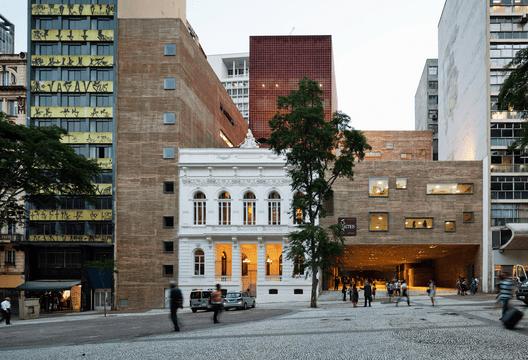 Praça das Artes / Brasil Arquitetura. Image© Nelson Kon