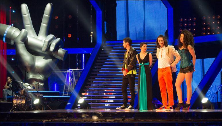 The voice 2. secondo live: restano solo tre talenti per squadra