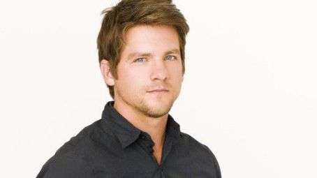 Zachary Knighton as Dave