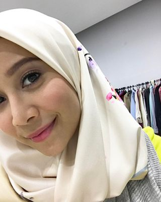 Drama Titian Cinta : drama, titian, cinta, Farah, Nabilah, Photos,, Videos,, Trivia, Quotes, FamousFix