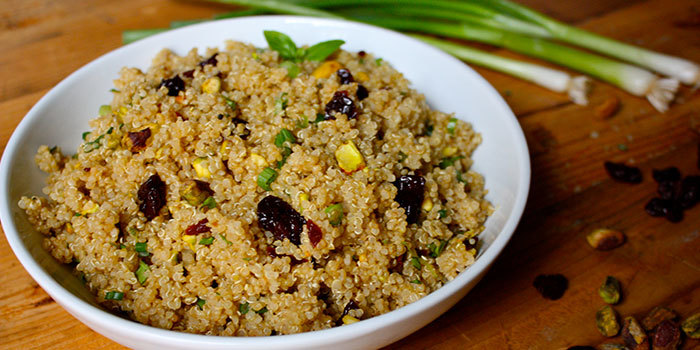 Quinoa recipe with pistachios and dried cherries