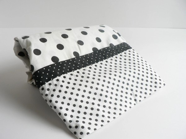 Flat Twin Sheet Black And White Polka Dot