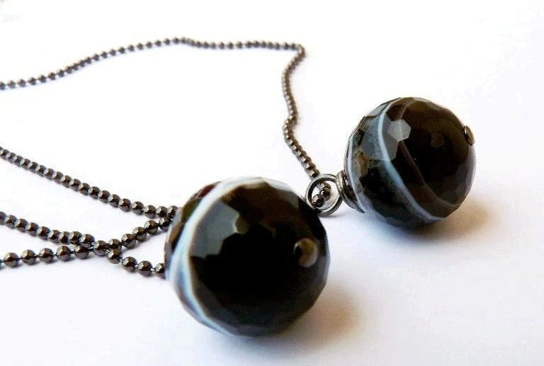 Black Agate Necklace Faceted  Vintage style Wire Wrapped - expressyourself